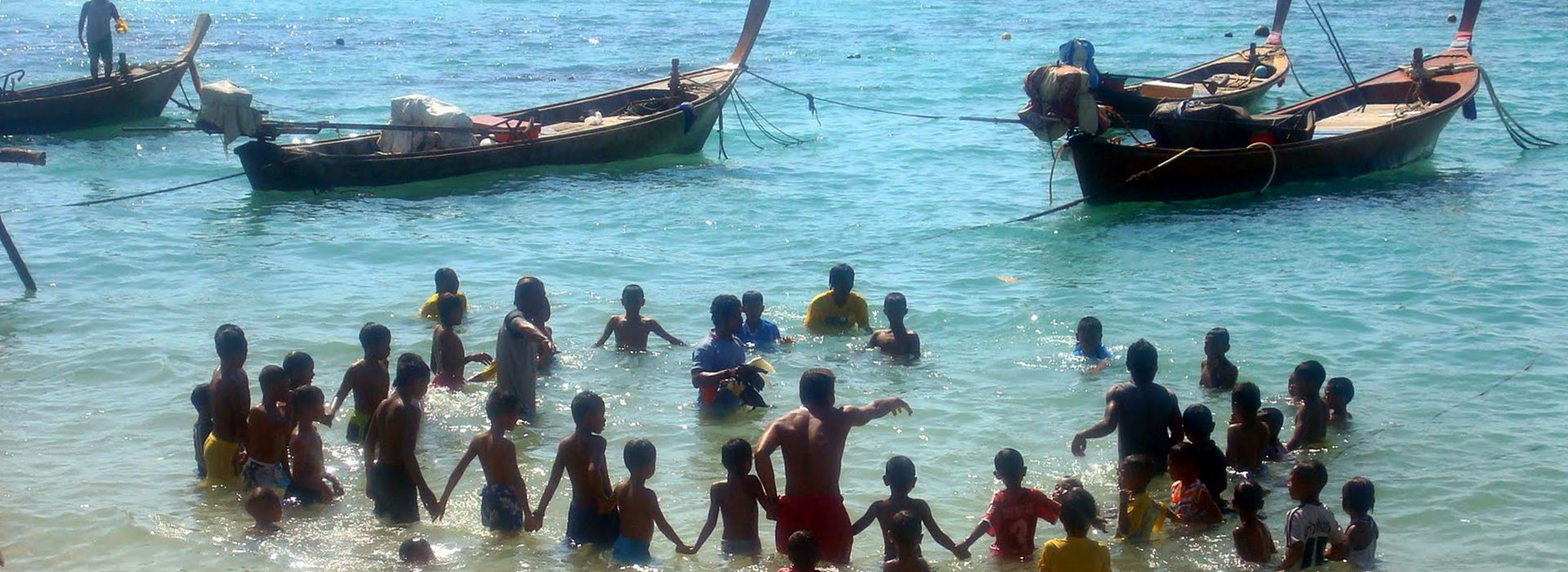 <p>The Sea Gypsies of Rawai depart and arrive home around high tide hence the times you can go out vary and there are assorted combinations of trips, day/night, beach BBQ, trap diving, trolling, bottom fishing etc.</p>